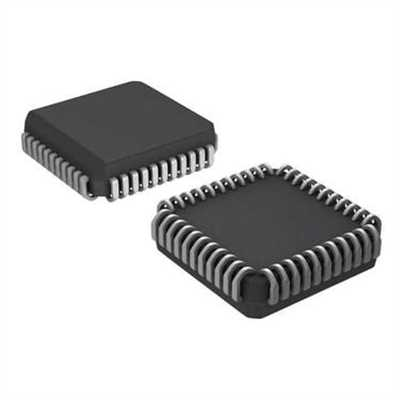 XCR3032XL-7PC44C图